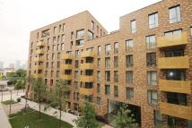 2 bedroom Flat to rent in Oxley Square, Bow