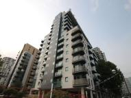 Flat to rent in Millharbour, South Quay