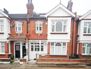 5 bedroom property to rent in Wakehurst Road...