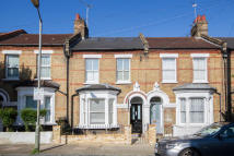 Flat for sale in Taybridge Road, Battersea