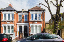 2 bedroom Flat for sale in Fontarabia Road, London