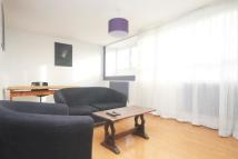 2 bed Flat to rent in Totteridge House...