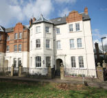 1 bed Flat in Windmill Drive, Clapham