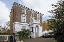2 bed Flat in Kings Avenue, Clapham
