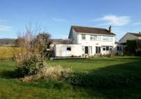 4 bed Detached property in Barn House, Ladywell...