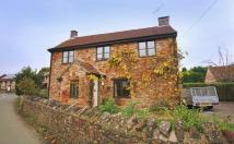 Cottage to rent in Silver Street, Wrington