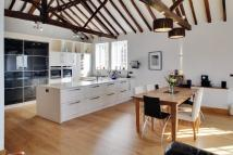 3 bed Barn Conversion to rent in High Street, Hawkhurst