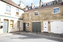 2 bedroom Mews in Carriage Court...