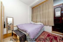 Studio apartment in Caledonian Road,  , N1