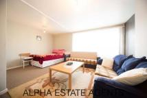 Studio flat in Juliet House Arden...