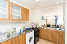 4 bedroom Terraced house in Kinross house Bemerton...