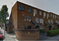 4 bed Flat in Westbourne Road,  London...