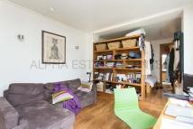Terraced home to rent in B Caledonian Road...