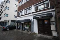 3 bedroom Flat to rent in Caledonian Road,  , N7