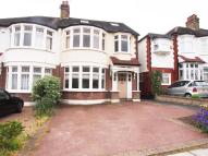 4 bedroom semi detached house to rent in Beechdale, London, N21
