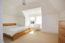 Flat to rent in Station Road, London, N21