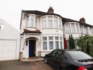 Berkshire Gardens semi detached property to rent