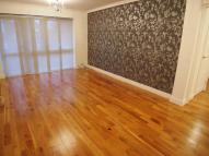 Apartment to rent in Village Road, Enfield...