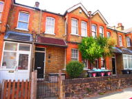 3 bed Terraced house in Harman Road, Enfield, EN1