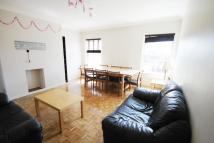 3 bed Flat to rent in London Road, Enfield, EN2