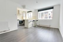 Ground Flat to rent in Magpie Close, Enfield...