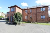 2 bed Ground Flat in Lockhart Close, Enfield...