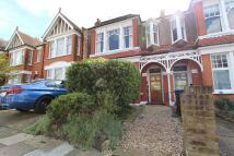 2 bed Ground Flat to rent in Derwent Road, London, N13