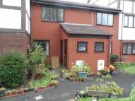 2 bed Ground Flat in Cleves Court, Blackpool