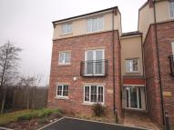 Flat to rent in Bridle Way...