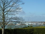 3 bedroom Detached property to rent in Newtown Road, Warsash...