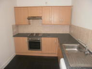 Flat to rent in Cathcart Road, Govanhill...