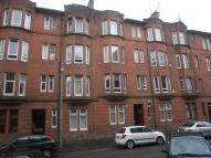 Flat to rent in Ettrick Place, Shawlands...