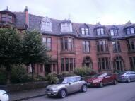 Flat to rent in Kensington Gate, Glasgow...