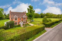 Lingfield Common Road Detached property for sale
