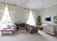REDHILL Town House to rent