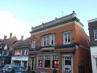 Apartment to rent in High Street, Reigate