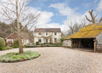 5 bed Detached home for sale in Lingfield Common Road...