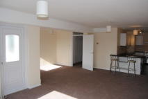 3 bed Apartment to rent in High Street, Lingfield
