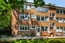 Apartment for sale in Church Hill, Caterham