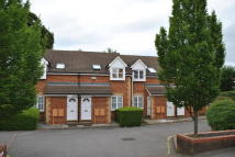 Apartment in Rosamund Close...