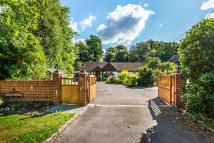 Detached Bungalow for sale in Domewood, Copthorne