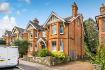 6 bedroom Detached property for sale in Brownlow Road, Redhill