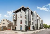 Town House to rent in Mondrian Mews...