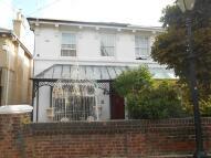 3 bedroom semi detached property in FREESTONE ROAD...