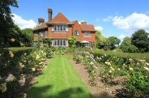 4 bed Detached house for sale in Droxford Road, Swanmore...