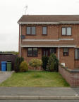 3 bedroom semi detached house to rent in Grange View, Harworth...