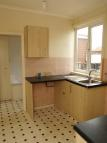 3 bedroom semi detached house to rent in WILKINSON AVENUE, Thorne...