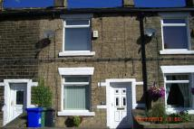 Terraced house to rent in Stockport Road, Mossley...
