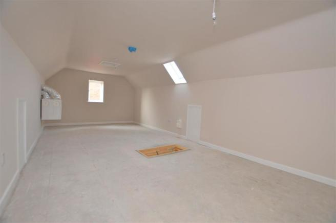 Loft Room/ Potential 5th Bedroom with Ensuite