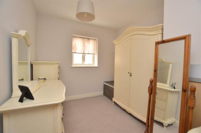 Good sized Bedroom 5